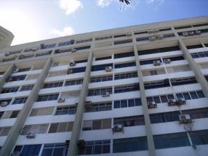 Apartamento En Venta En Caraballeda ( Vargas )