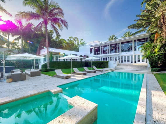 Casa Chalet En Venta Ubicado En Miami Beach, Miami