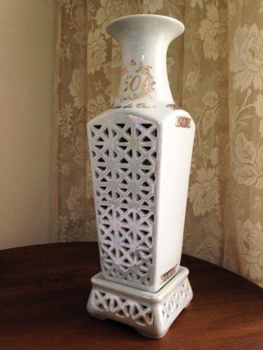 Imagem 1 de 6 de Vaso Vazado Bodas De Ouro 50 Anos De Casamento