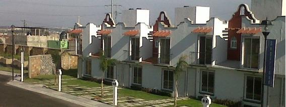 Mm Casa En Venta En Fracc. Parque San Pedro, Queretaro