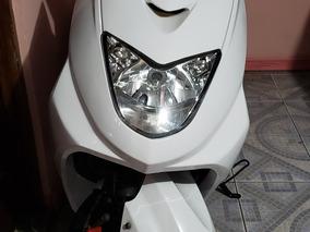 Moto Scooter Prácticamente Nueva