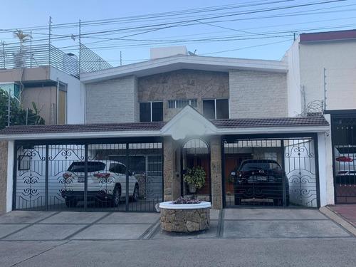 Imagen 1 de 14 de Bonita Casa En Venta Con Excelente Ubicación En Providencia