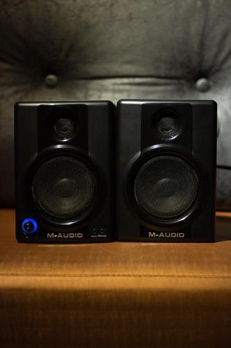 Monitor De Áudio M-audio Av30 (par)