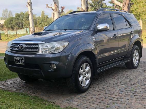 Toyota Sw4 3.0 I Srv At C/cuero 4x4 (2009) 2011 7 Asientos