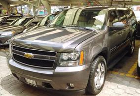 Chevrolet Suburban 2011