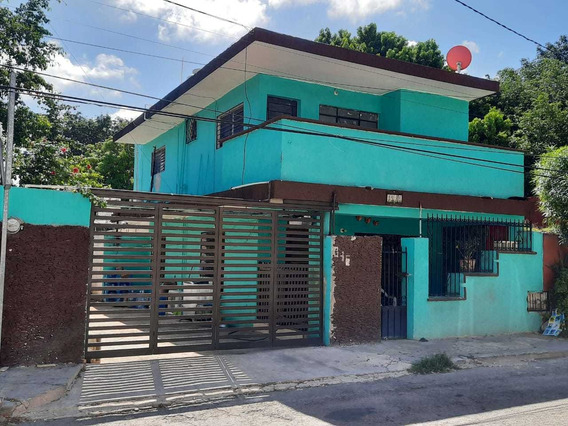 Casa En Venta En Colonia Chuburná, Mérida, Yucatán, 4 Recámaras
