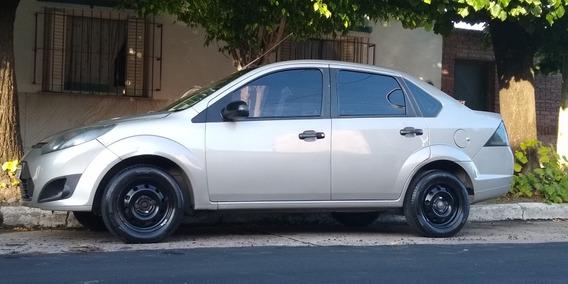 Ford Fiesta Max Ambiente Plus