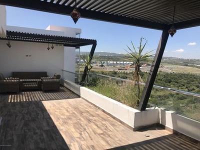 Precioso Penthouse En Zen House, 3 Recamaras, Elevador, Alberca..