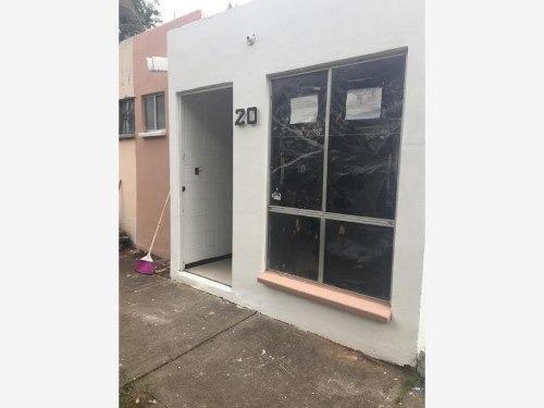 Casa Sola En Venta La Rueda