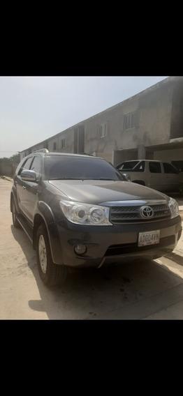 Toyota Fortuner 4x2 Sr