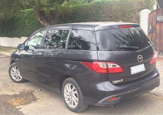 Regalo! - Mazda 5 Negro, Año 2017