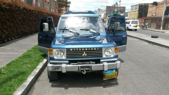 Mitsubishi Montero Estándar 1995