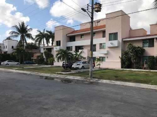 Departamento En Venta, Col. Sm 309 Campestre, Cancún .