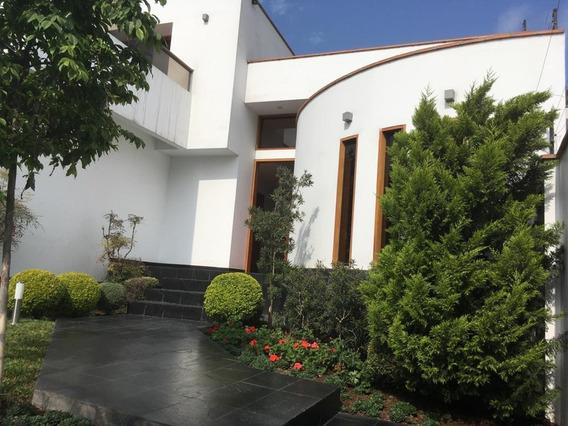 Casa Con Piscina 5 Dormitorios Con Hermoso Parque Privado