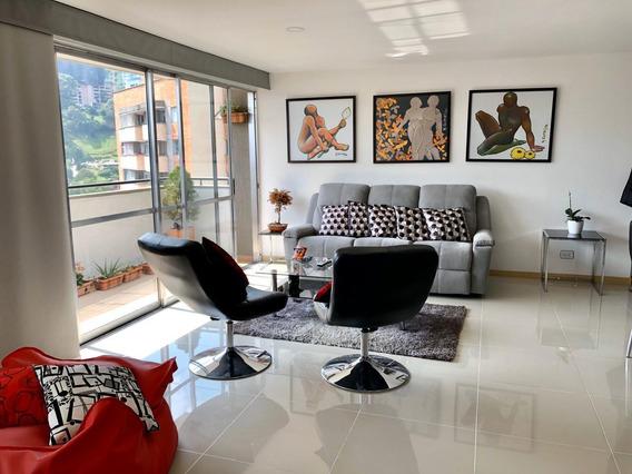 Venta De Apartamento En El Carmelo, Sabaneta