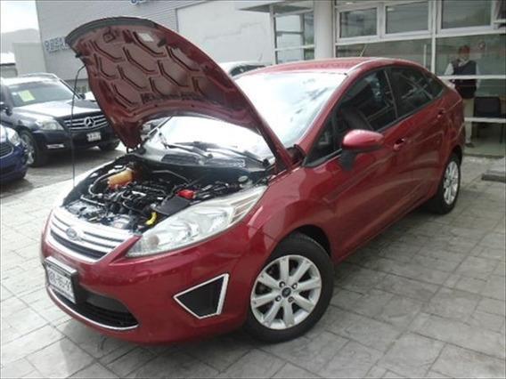 Ford Fiesta Sedán 2013