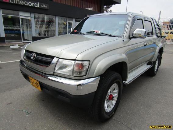 Toyota Hilux Ex 4x4 Raider
