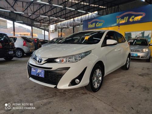 Imagem 1 de 13 de Toyota Yaris