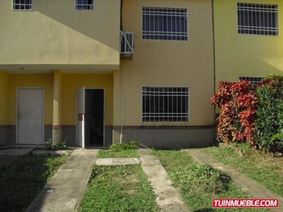 Townhouse En Venta - Carmen Lopez - Mls #19-12916