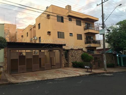 Imagem 1 de 8 de Apartamentos - Ref: V5545