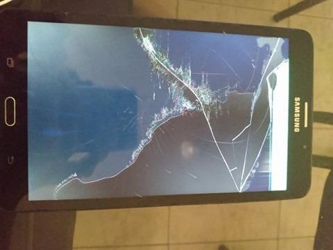 Tablet Samsung Galaxy A6 4g 8gb Tela Qebrada O Wi-fi Não Funciona