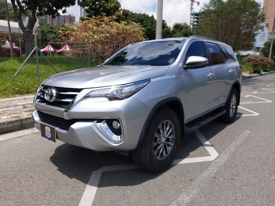 Toyota Fortuner 2700