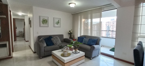 Imagen 1 de 14 de Apartamento En Venta. Medellín, Loma De Los Bernal.