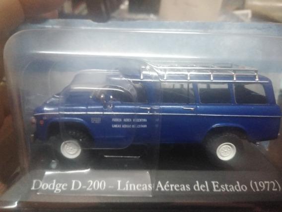 Autos Argentinos De Reparto Y Servicio 12 Dodge D-200 1972