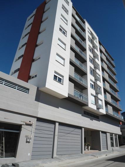 Apartamento A Estrenar En Centro De Minas.