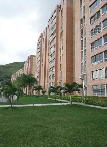 Alquiler Apartamento Urb. El Encantado Macaracuay 75.65 M²