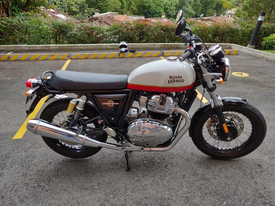 Royal Enfield Interceptor 650 Impecable