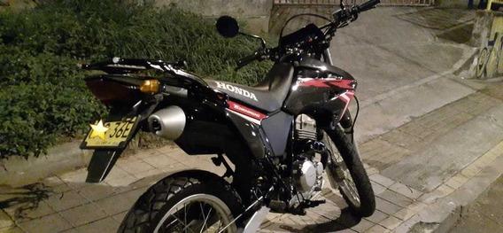Moto Honda Tornado 250 Modelo 2017 Negociable