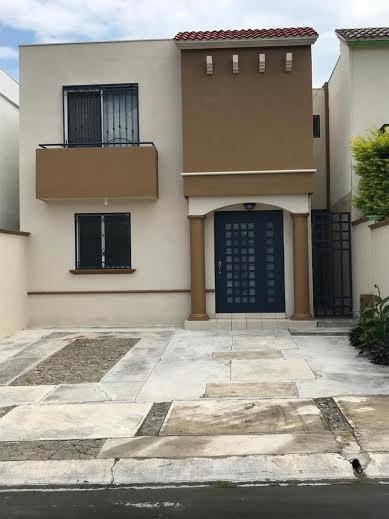 372718-casa En Renta En Puerta De Hierro