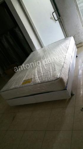 Cama Full 54 Con Base Tapizada Color Blanco