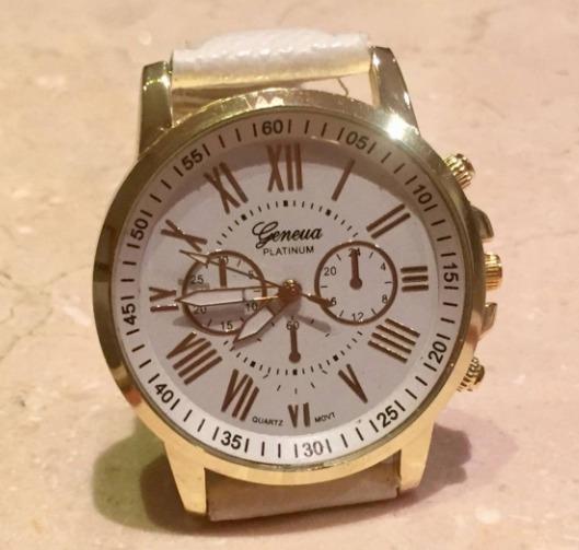 Relógio Feminino Branco E Dourado - Novo