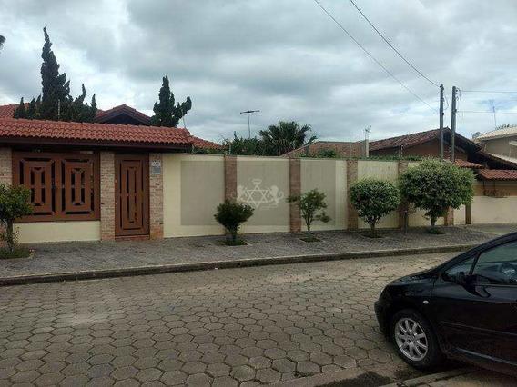 Casa Com 3 Dorms, Jardim Britânia, Caraguatatuba - R$ 1.2 Mi, Cod: 137 - V137