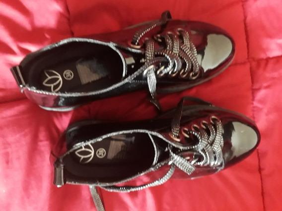 Zapatos Con Plataforma Acordonado Y Charol