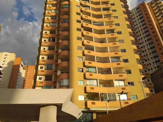 Apartamento En Venta Las Chimeneas 20-2459 Lg