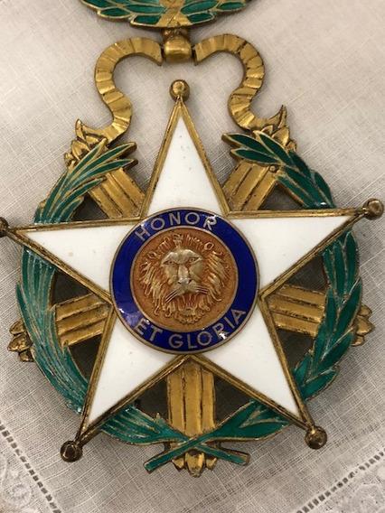 Medalla - Antigua Orden Del Mèrito - Paraguay- 1939 -