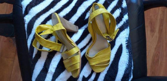 Zapatos Verde Manzana Casi Nuevas Al Tobillo Sandalias