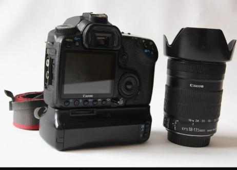 Câmera Canon Eos 40d + Lente 18-135mm + Grip Batery