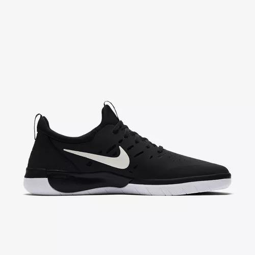 Tênis Nike Sb Nyjah Free Preto/branco