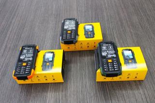 Teléfono Celular Quade Extremo Rocky T3