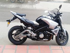 Moto Suzuki B King 1340 Cc