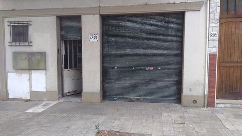 Oportunidad Unica Amplio Local Comercial Con Entrada Garage
