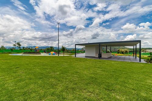 Imagen 1 de 14 de Casa En Venta Con Alberca, Gimnasio, Pet Park, Etc.