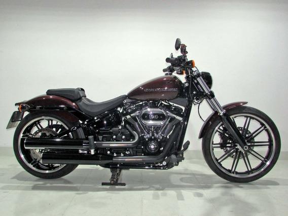 Harley Davidson - Softail Breakout 114 - 2018 Vermelha