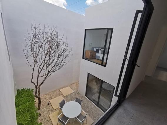 Casa De 3 Recamaras, En Venta Privada, Alberca En Mérida