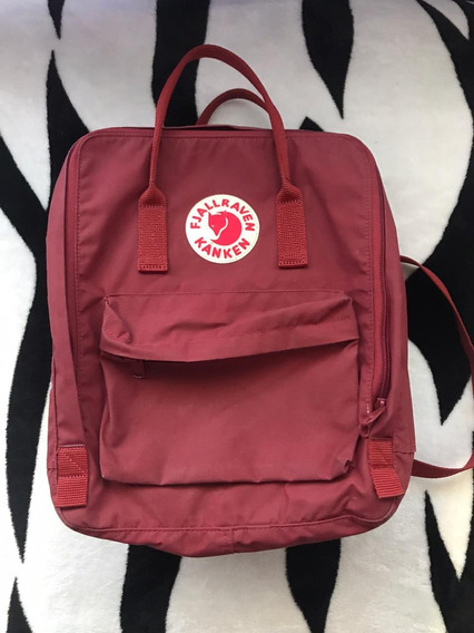 Mochila Fjallraven Kanken Original- Color Bordó