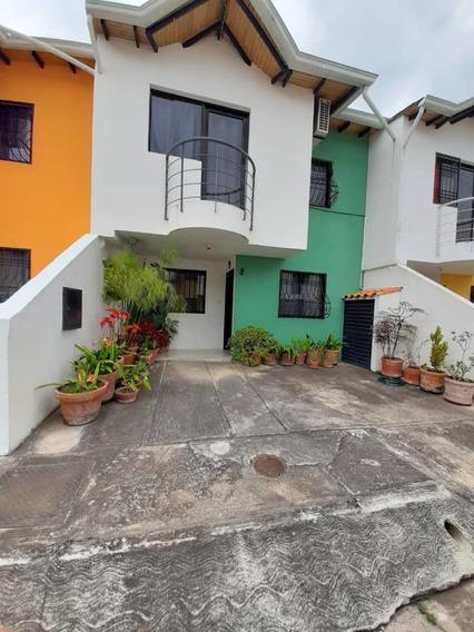 Casa En Venta Urb. Villa Laguna Palmira